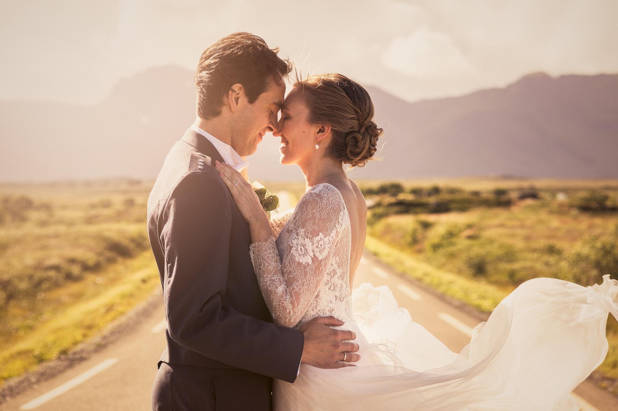 Bryllupsfotografering-lofoten-heldags-fjell-5
