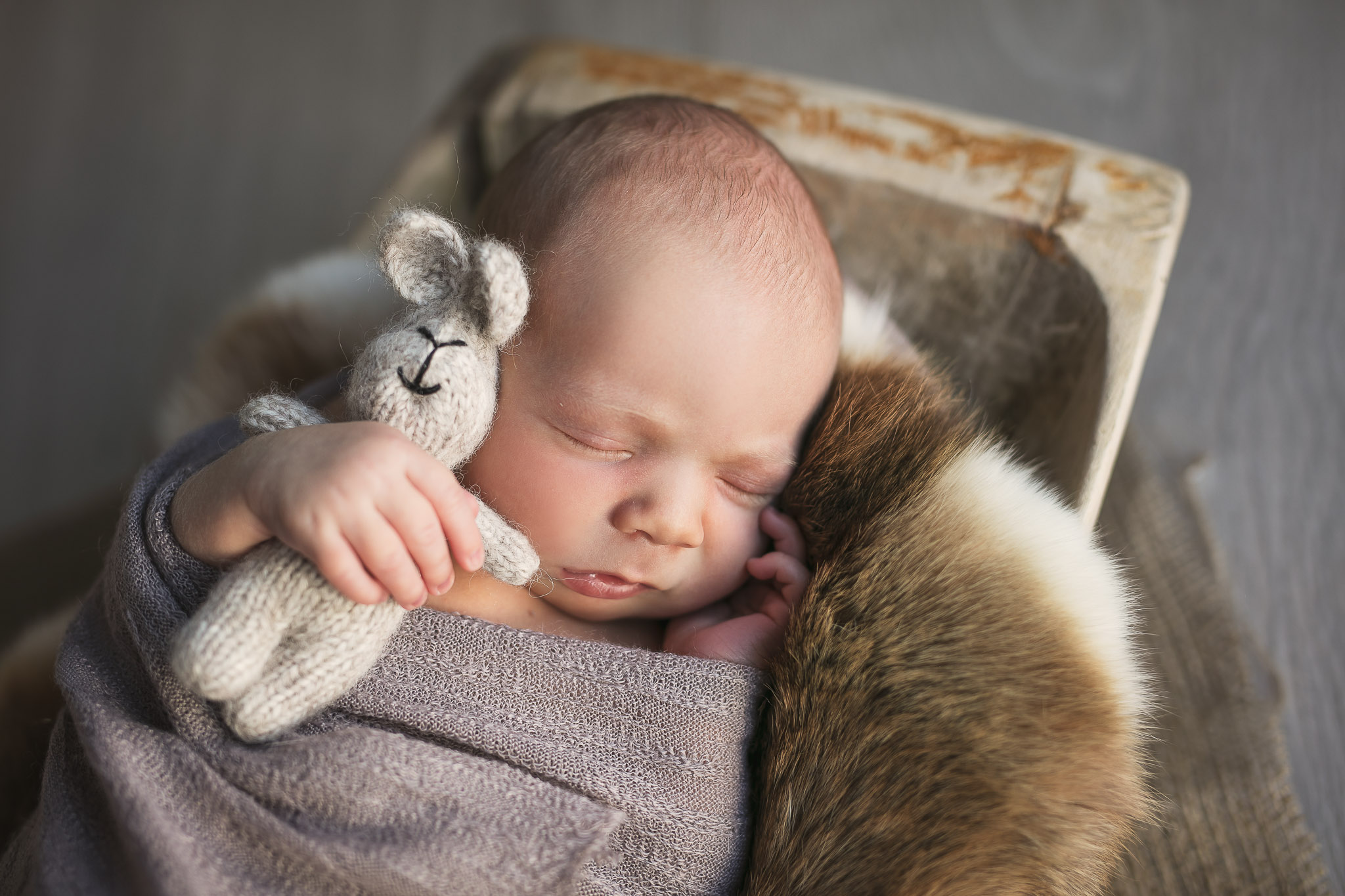 Nyfødt-fotografering-gutt-straumen-2