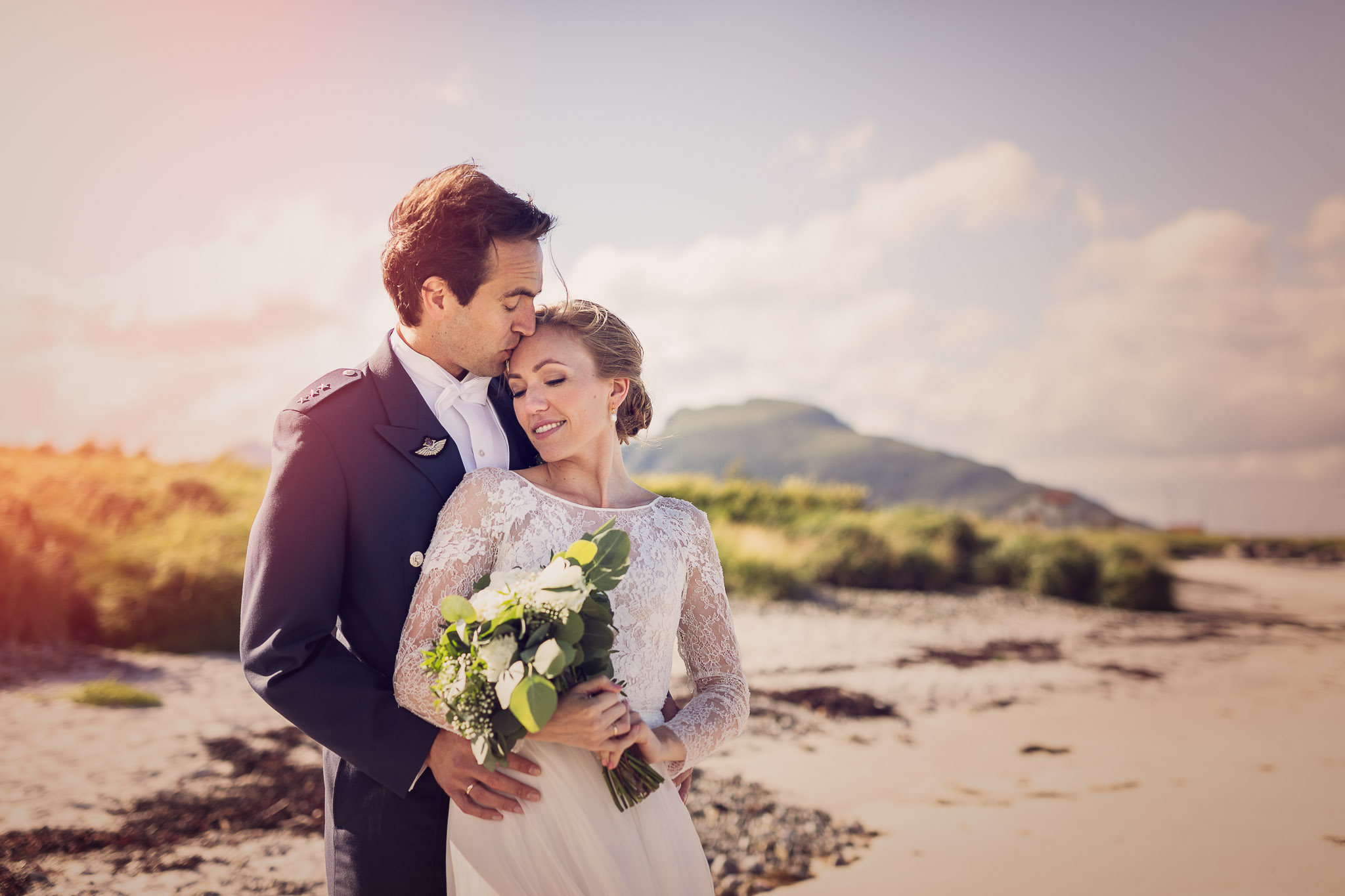 Bryllupsfotografering-lofoten-heldags-fjell-28