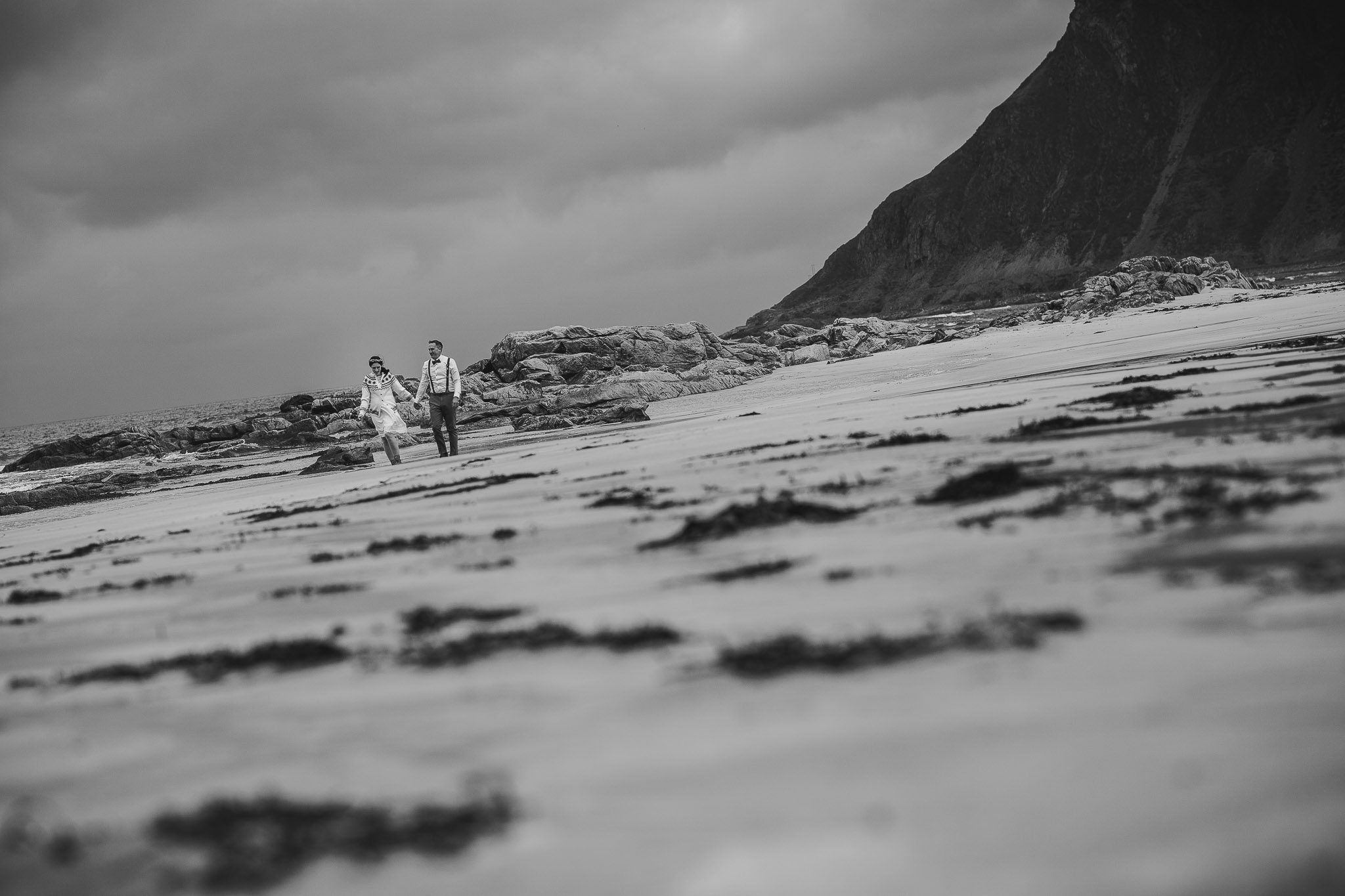 Lofoten-elopement-wedding-photography-43